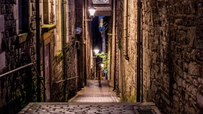 edinburgh-ghost-tour-2