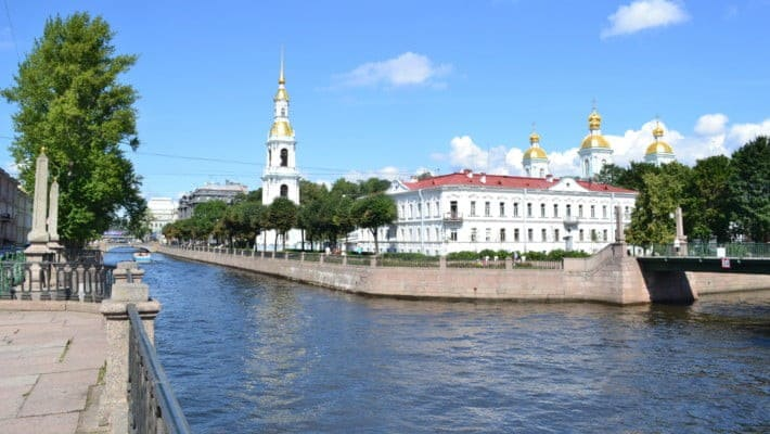 saint-petersburg-canal-cruise-2