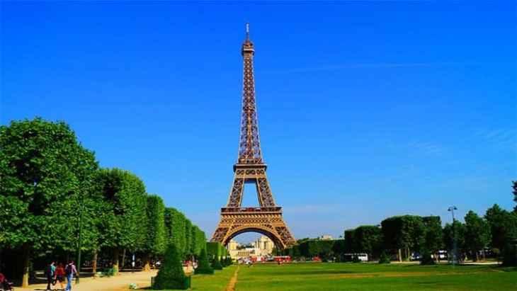 paris-day-trip-from-disneyland-2