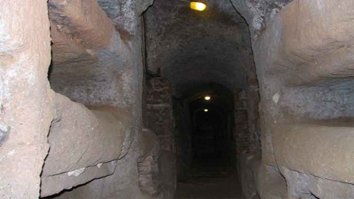 catacombs-and-appian-way-day-trip-5