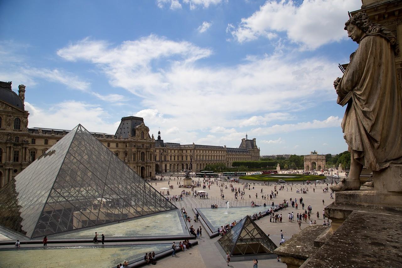 que ver en paris 3 dias museo del louvre.jpg