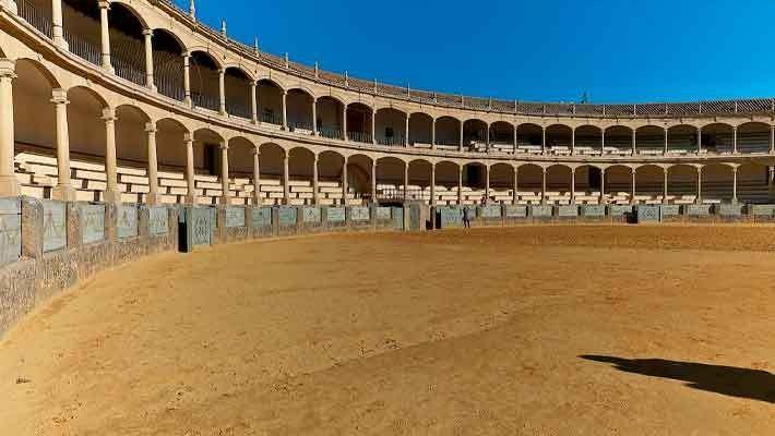visita-guiada-por-la-plaza-de-toros-de-ronda-4