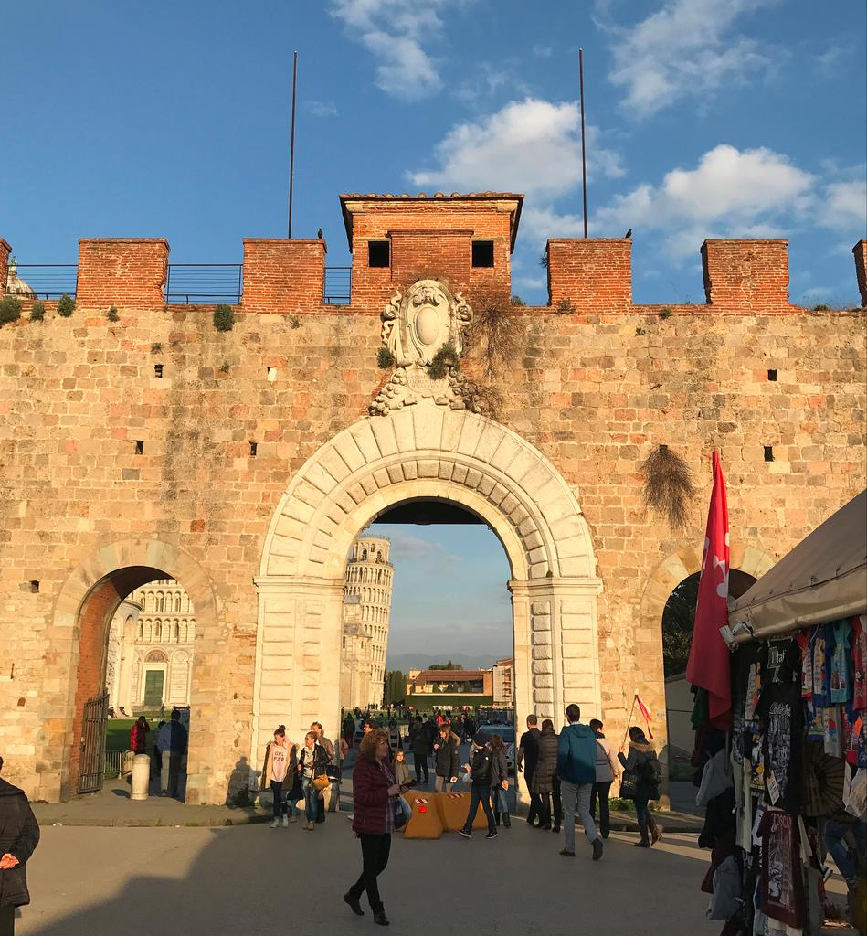 Visita-guiada-por-Pisa-+-Torre-Inclinada-1