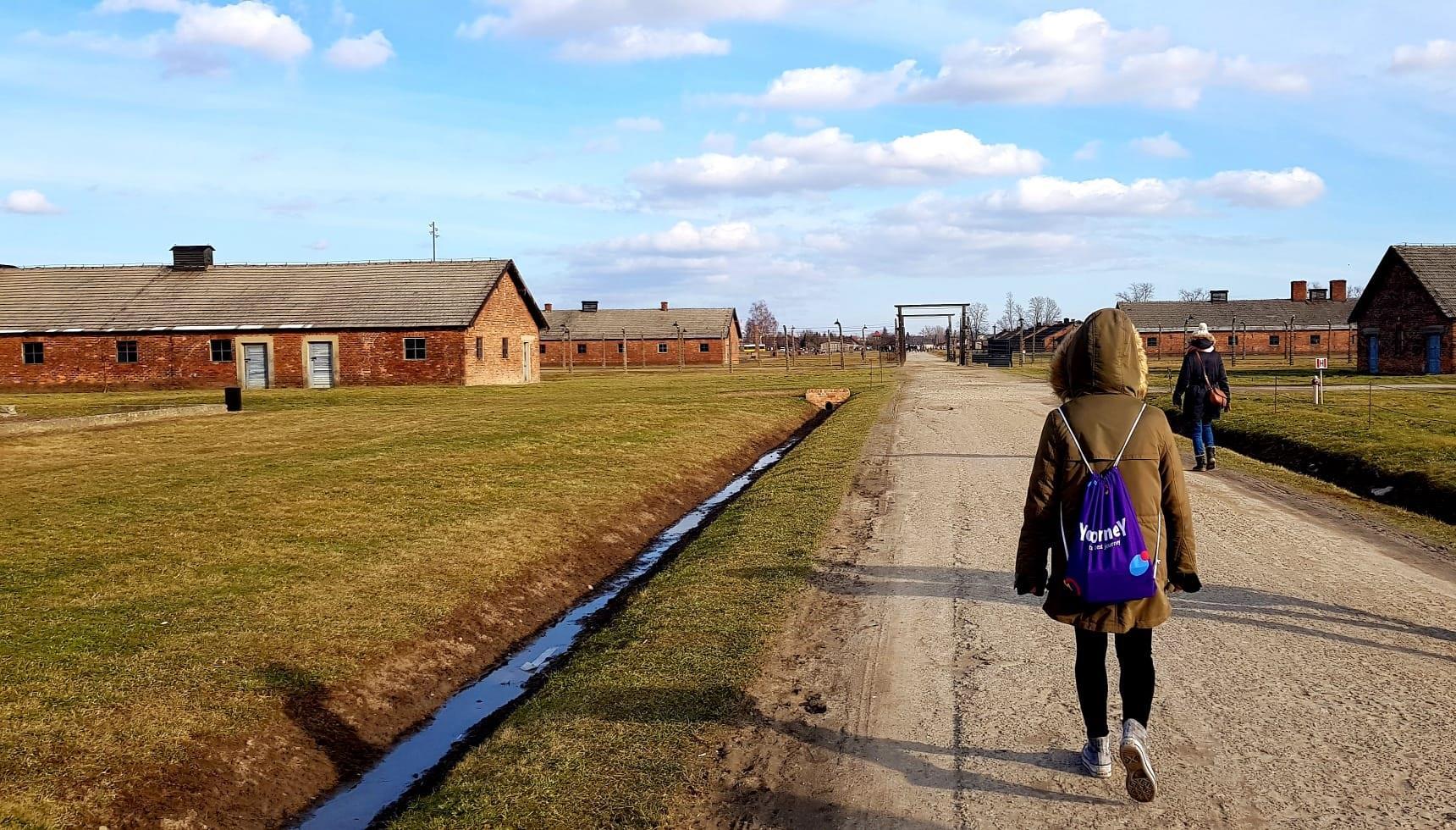 Day-trip-to-Auschwitz-Birkenau-4