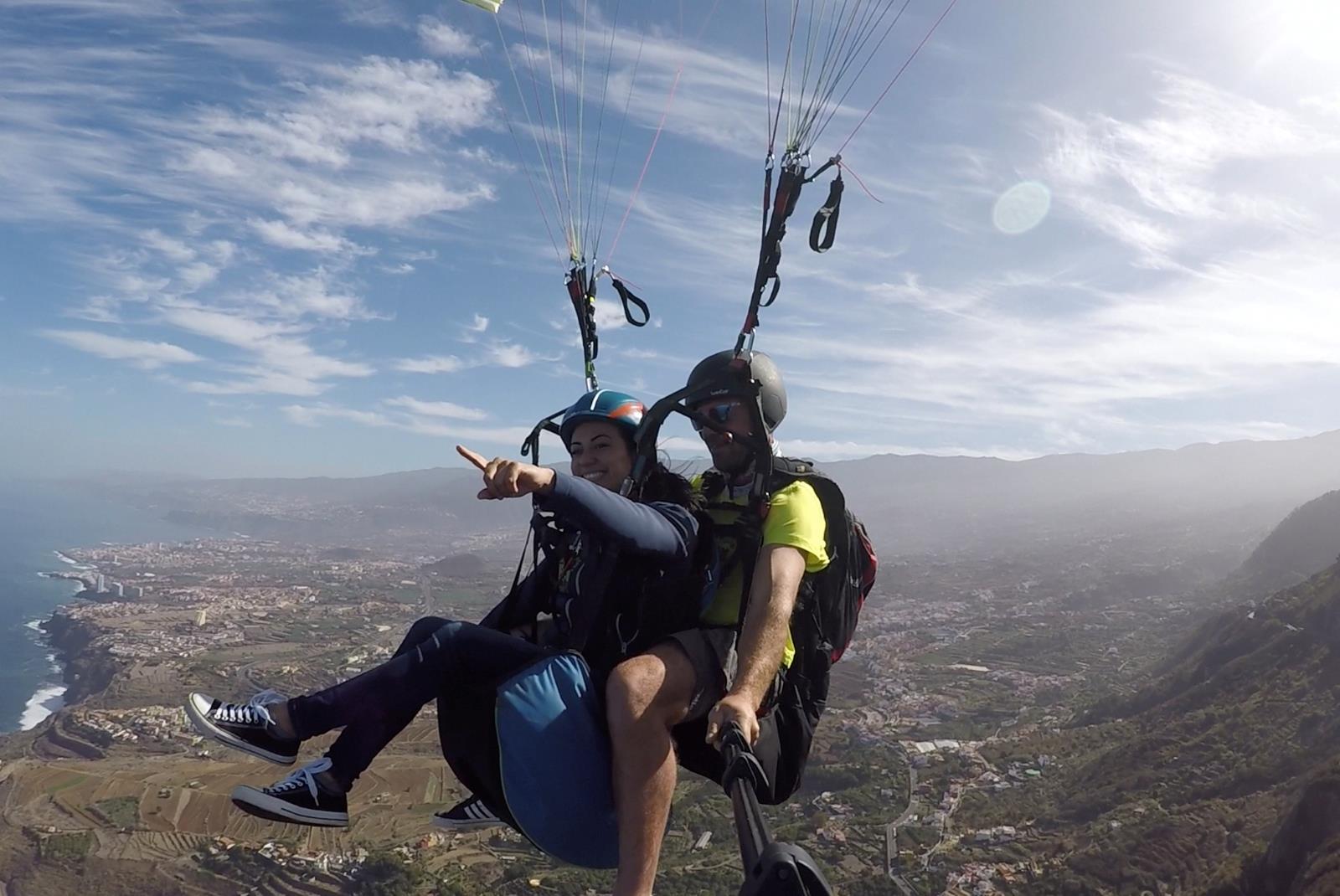 Paragliding-Tandem-Flight-in-Adeje-3