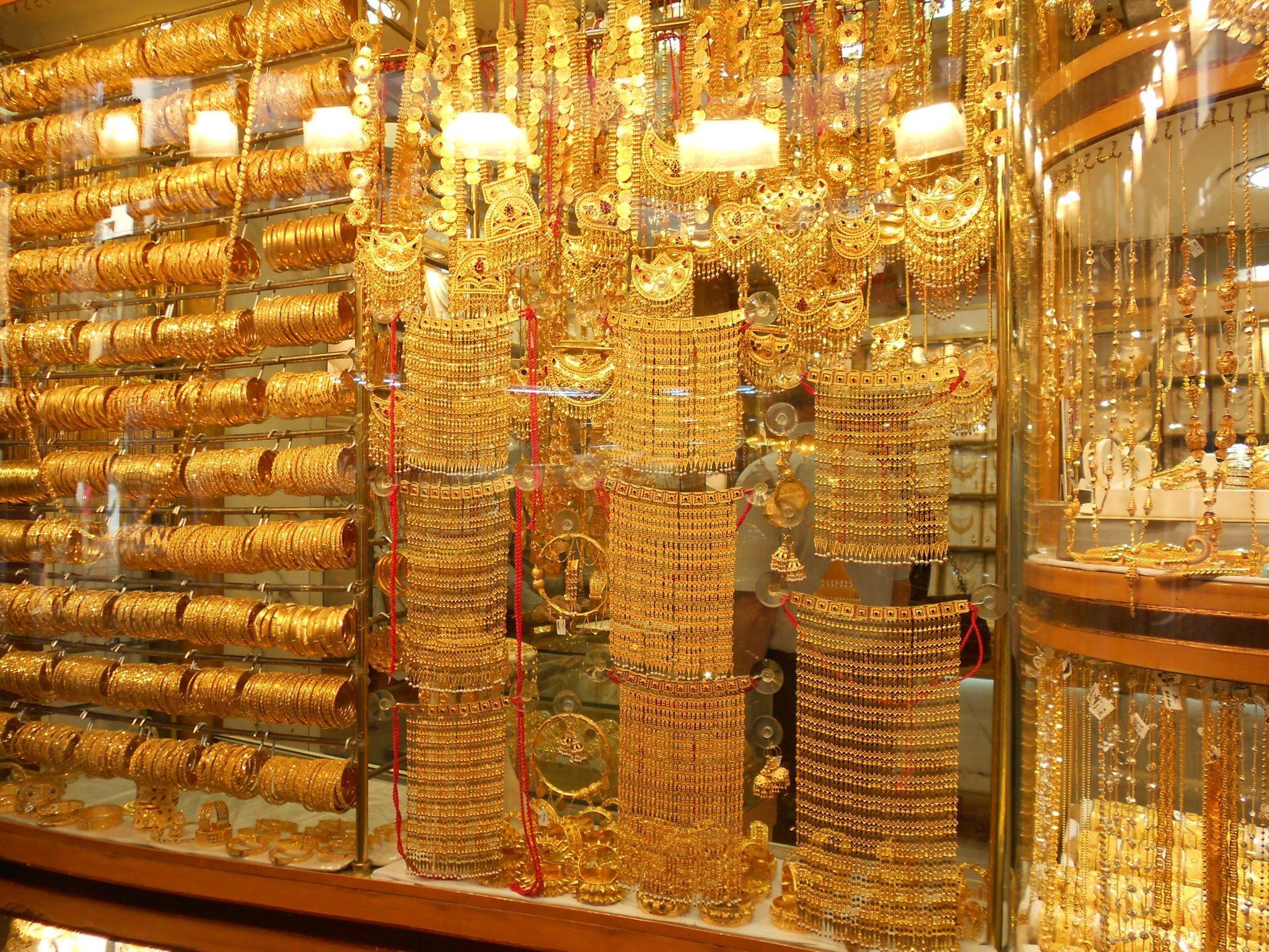 Dubai-Old-Town-and-Dubai-Mall-Walking-tour-2
