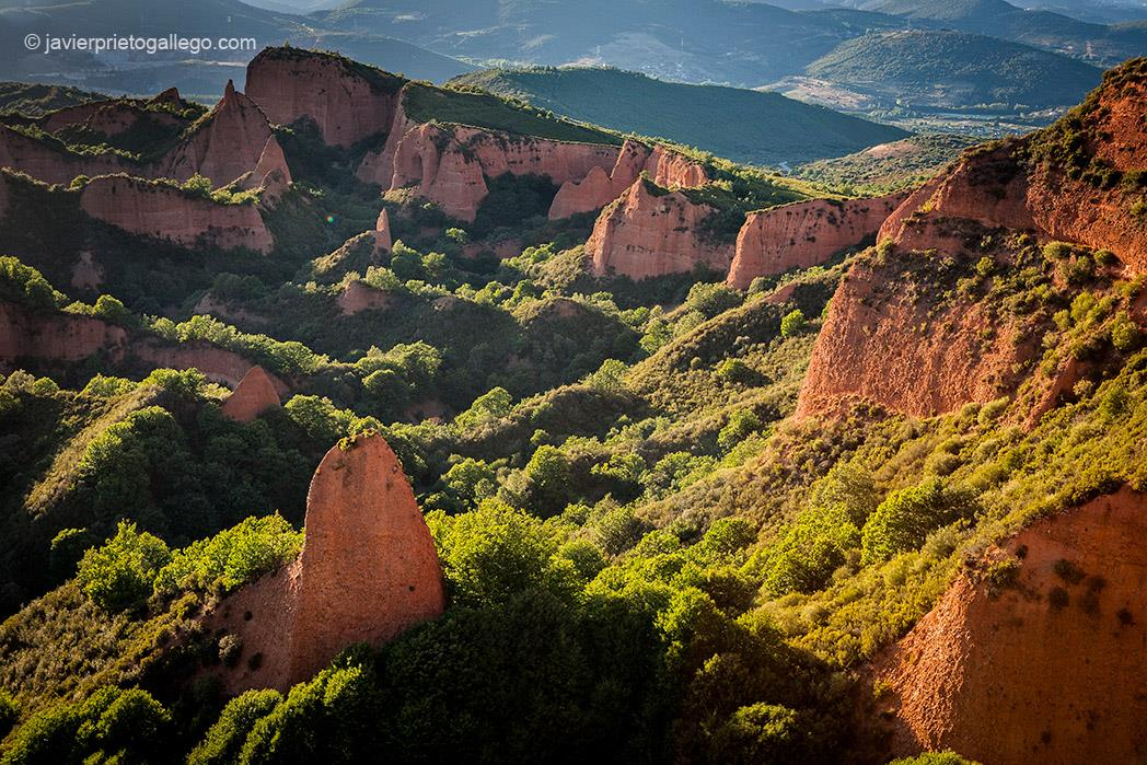 Excursion-a-Las-Medulas-y-Ponferrada-desde-Leon-1