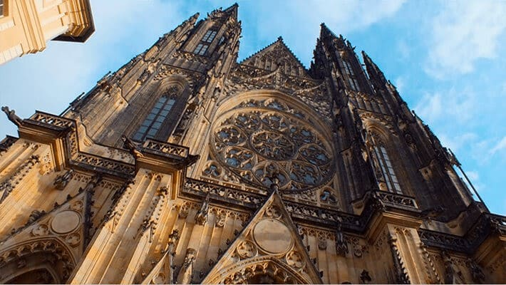 prague-castle-tour-with-tickets-2
