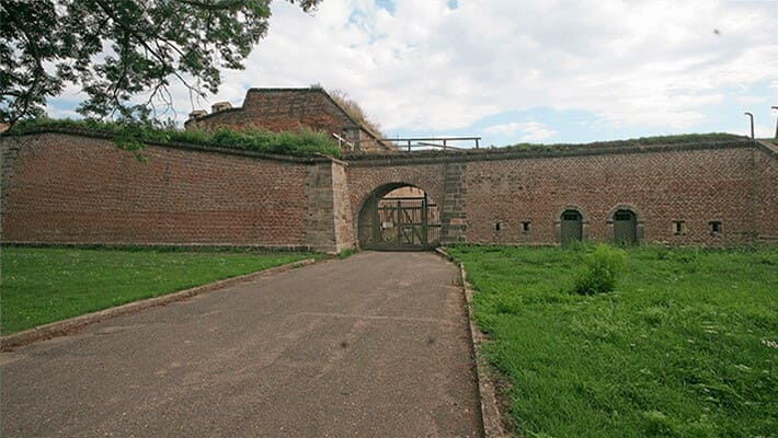terezin-concentration-camp-tour-1
