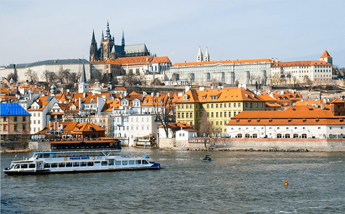 prague-sightseeing-cruise-tickets-1