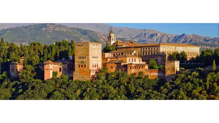 alhambra-of-granada-nasrid-palaces-generalife-tour