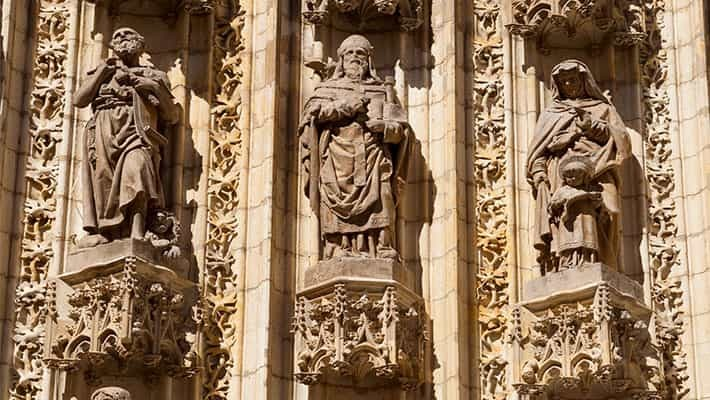 cathedral-of-seville-tour-with-tickets-4