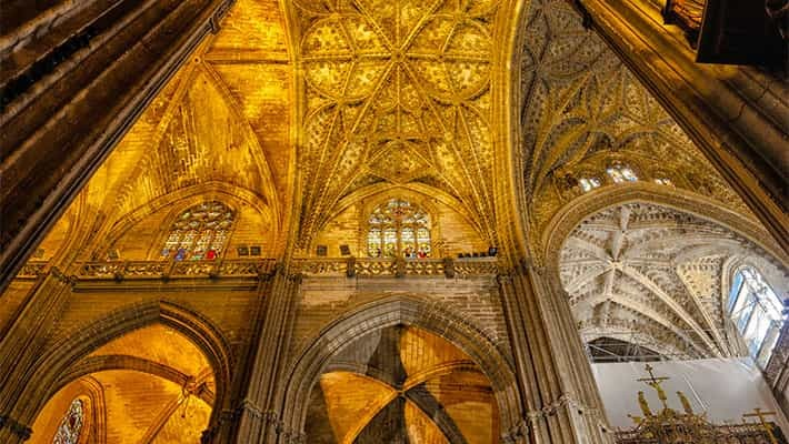 cathedral-of-seville-tour-with-tickets-5