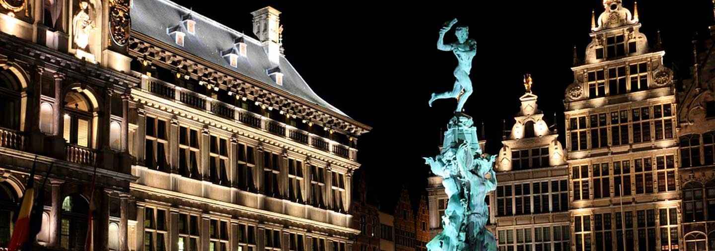 Antwerp by Night Free Walking Tour