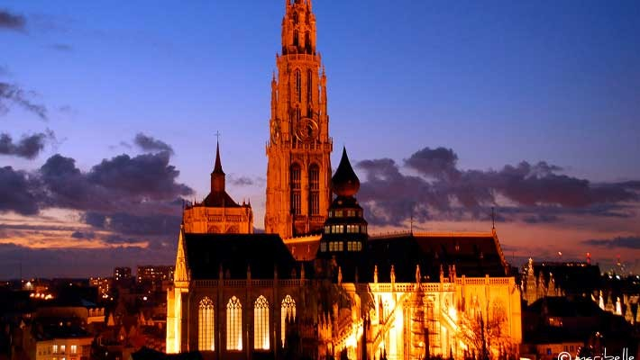 antwerp-night-free-walking-tour-4