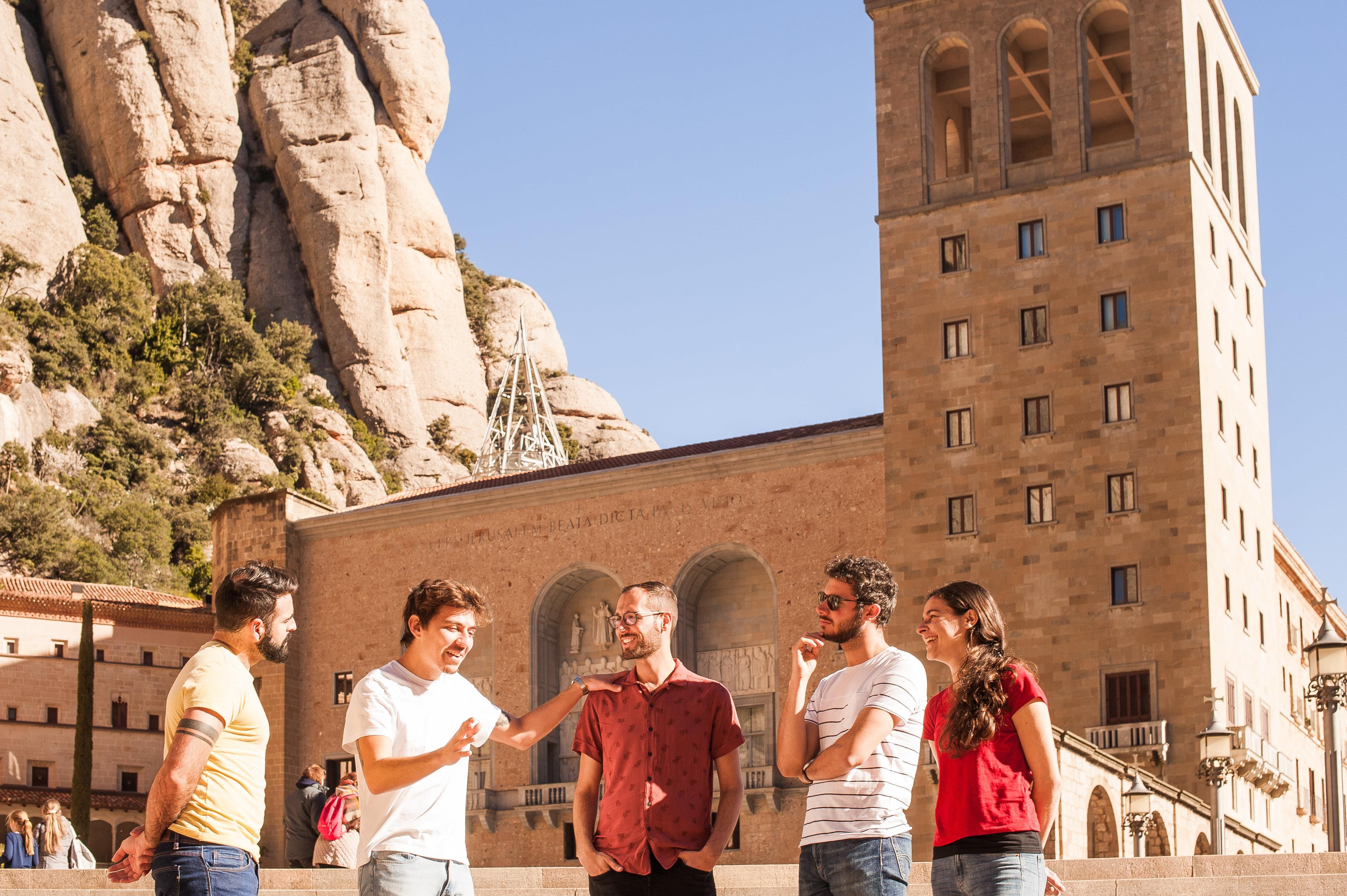 Excursión Montserrat al completo con comida & vino