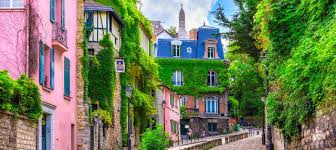 Montmartre and Sacred Heart Free Walking Tour
