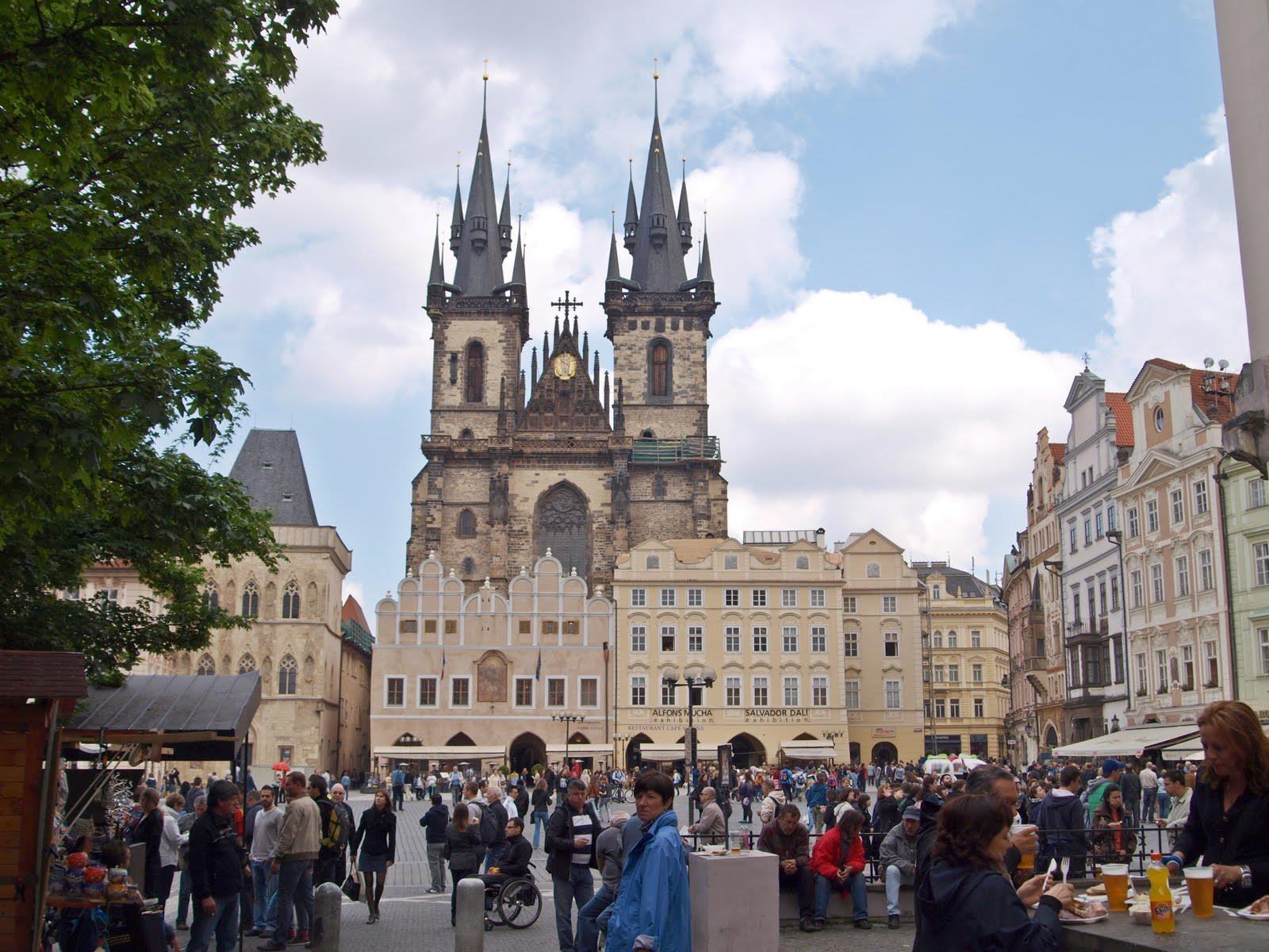 Tour de Praga al completo con barco