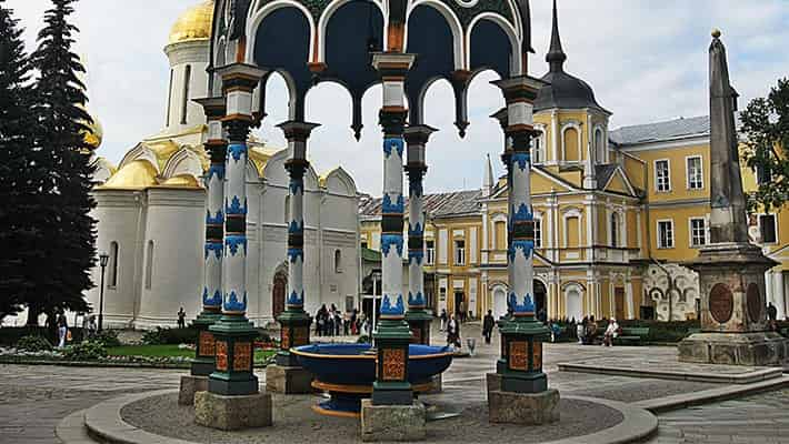 sergiev-posad-in-golden-ring-private-trip-from-moscow-3