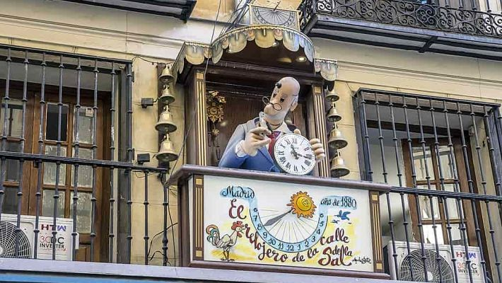 hundred-year-old-shops-in-madrid-free-walking-tour-2
