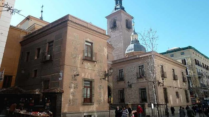 hundred-year-old-shops-in-madrid-free-walking-tour-4