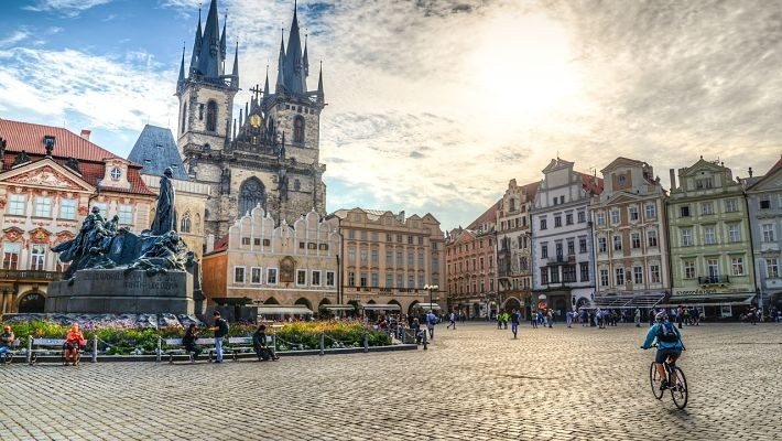 world-war-ii-in-prague-free-walking-tour-4