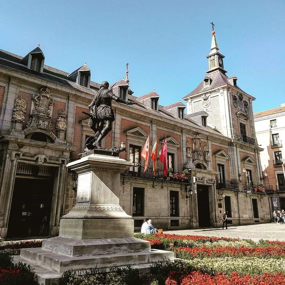 online-tour-in-madrid-relive-your-trip-1