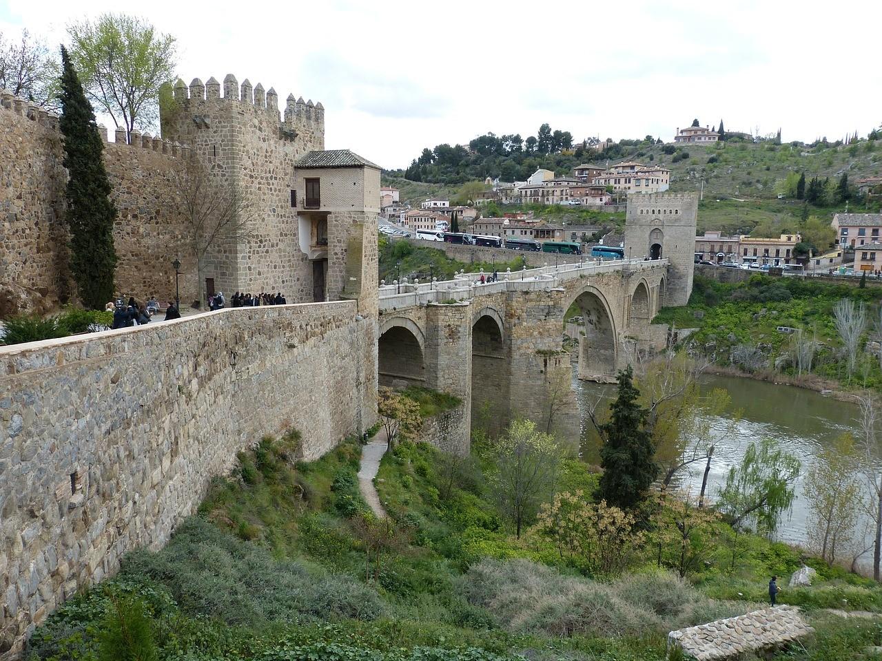 Puente Toledo .jpg