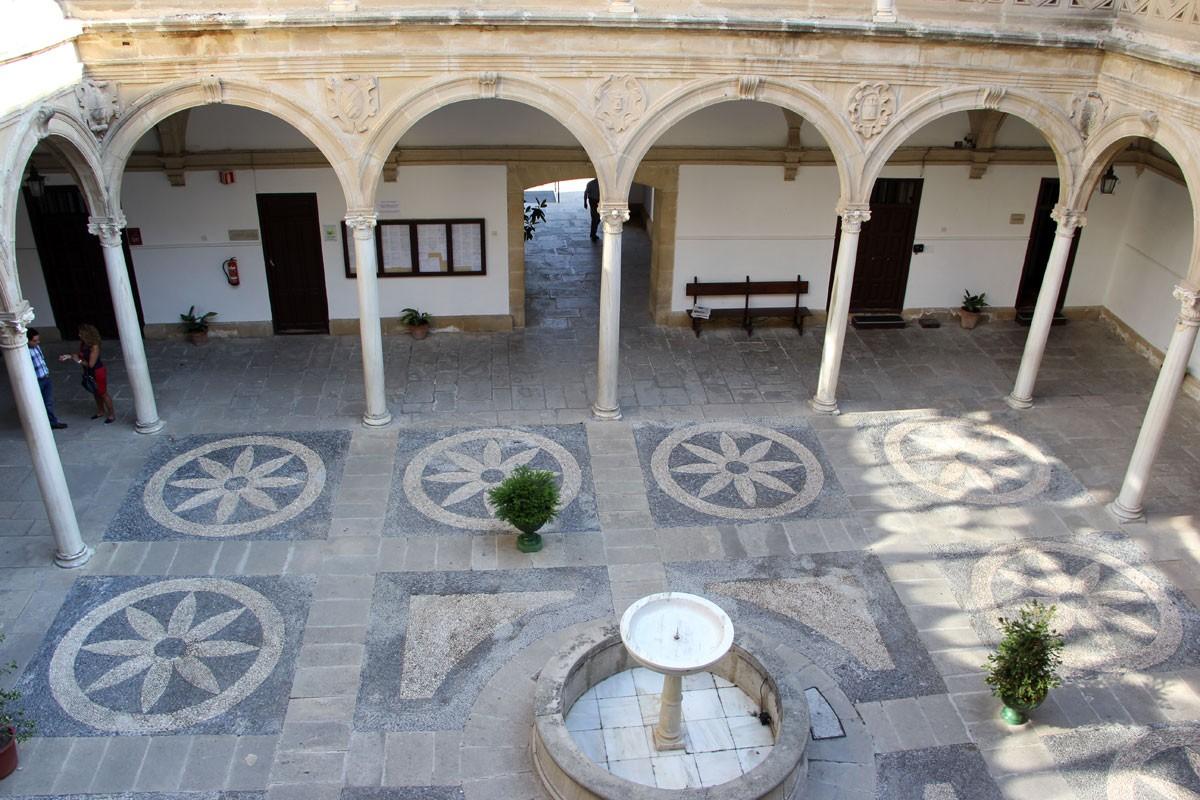 Ubeda-Palacio-Cadenas.jpg