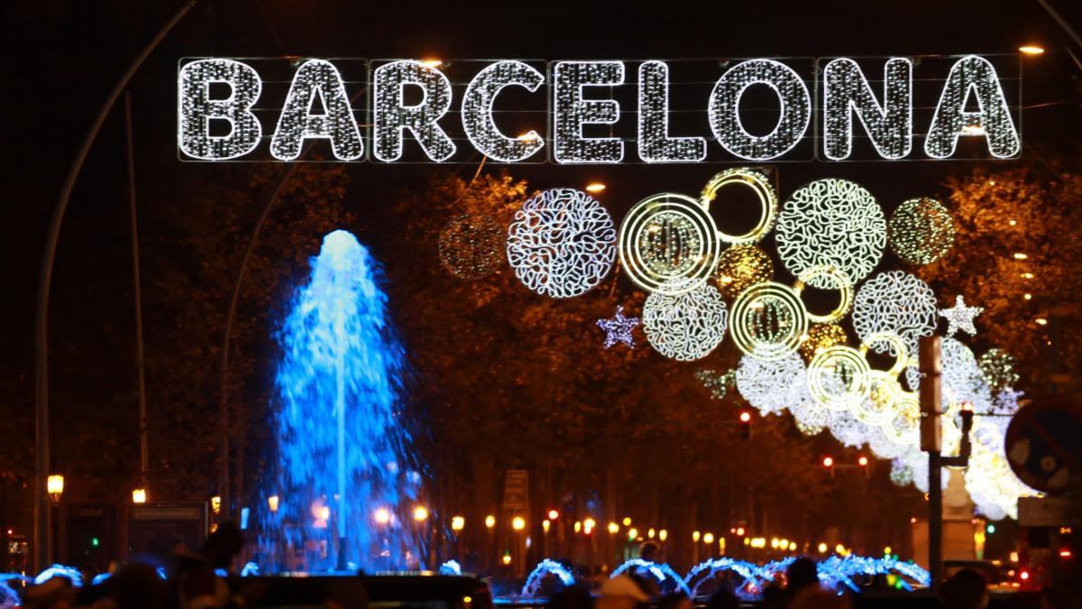 christmas-lights-barcelona-tour-3