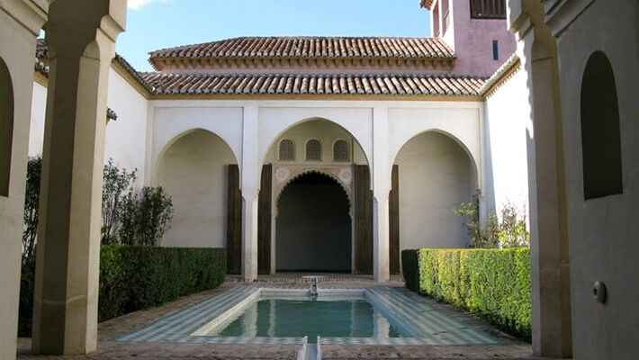 alcazaba-and-muslim-malaga-free-walking-tour-7