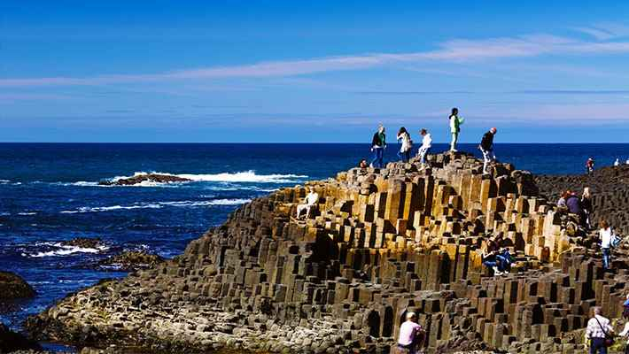 giants-causeway-and-belfast-day-trip-3