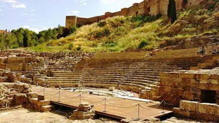 free-tour-alcazaba-de-malaga-y-teatro-romano-2