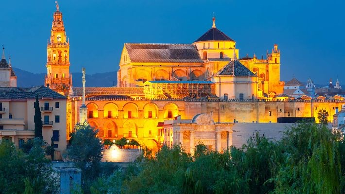 cordoba-by-night-free-walking-tour-1