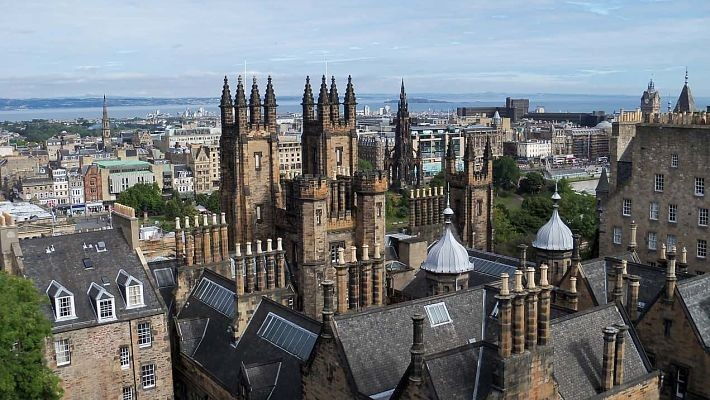 harry-potter-free-walking-tour-in-edinburgh-1