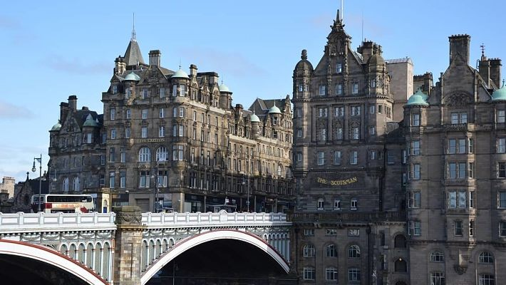 harry-potter-free-walking-tour-in-edinburgh-2