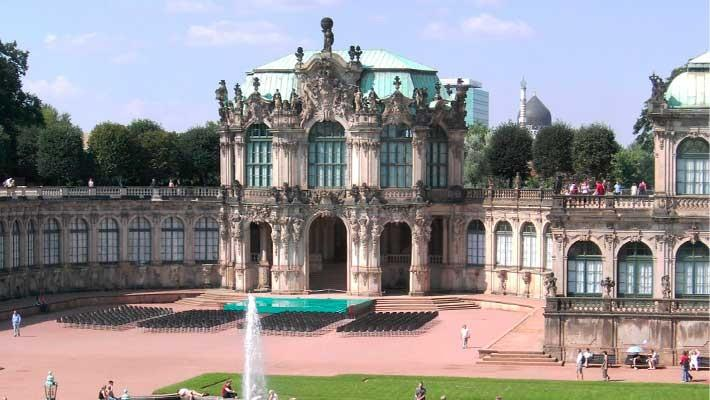 dresden-world-war-ii-free-walking-tour-4
