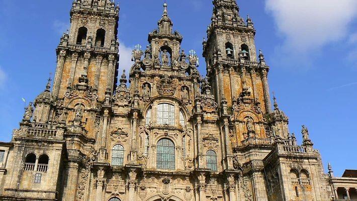 santiago-of-compostela-pilgrim-tour-1