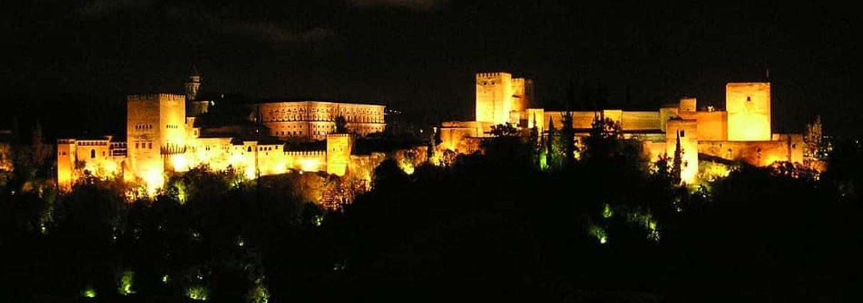 Tour Granada Nocturna