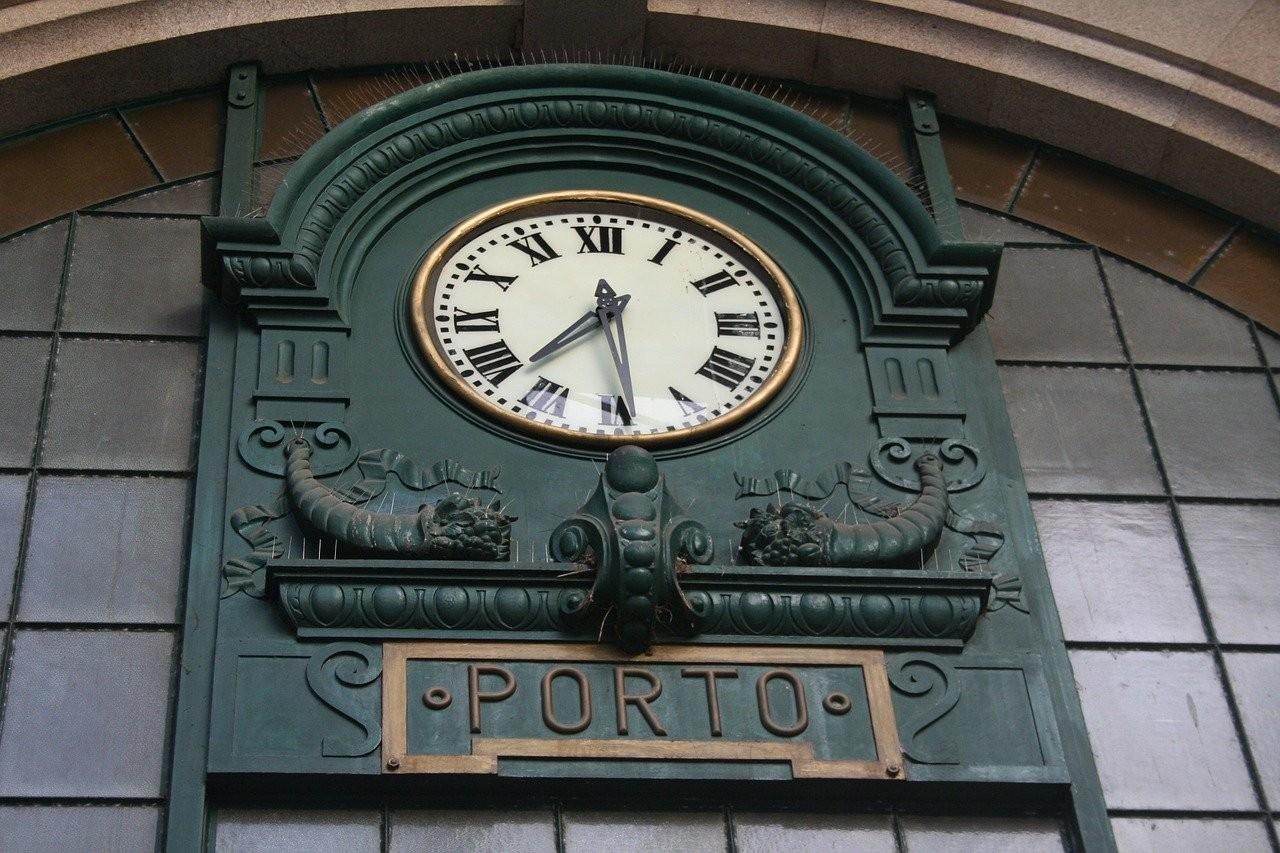 station-oporto.jpg
