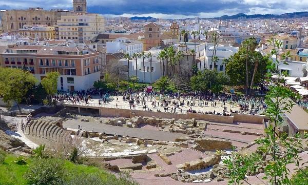 tours-gratis-yoorney-blog-guia-de-viaje-malaga-teatro-romano.jpg
