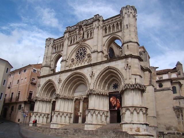 catedral_cuenca.jpg