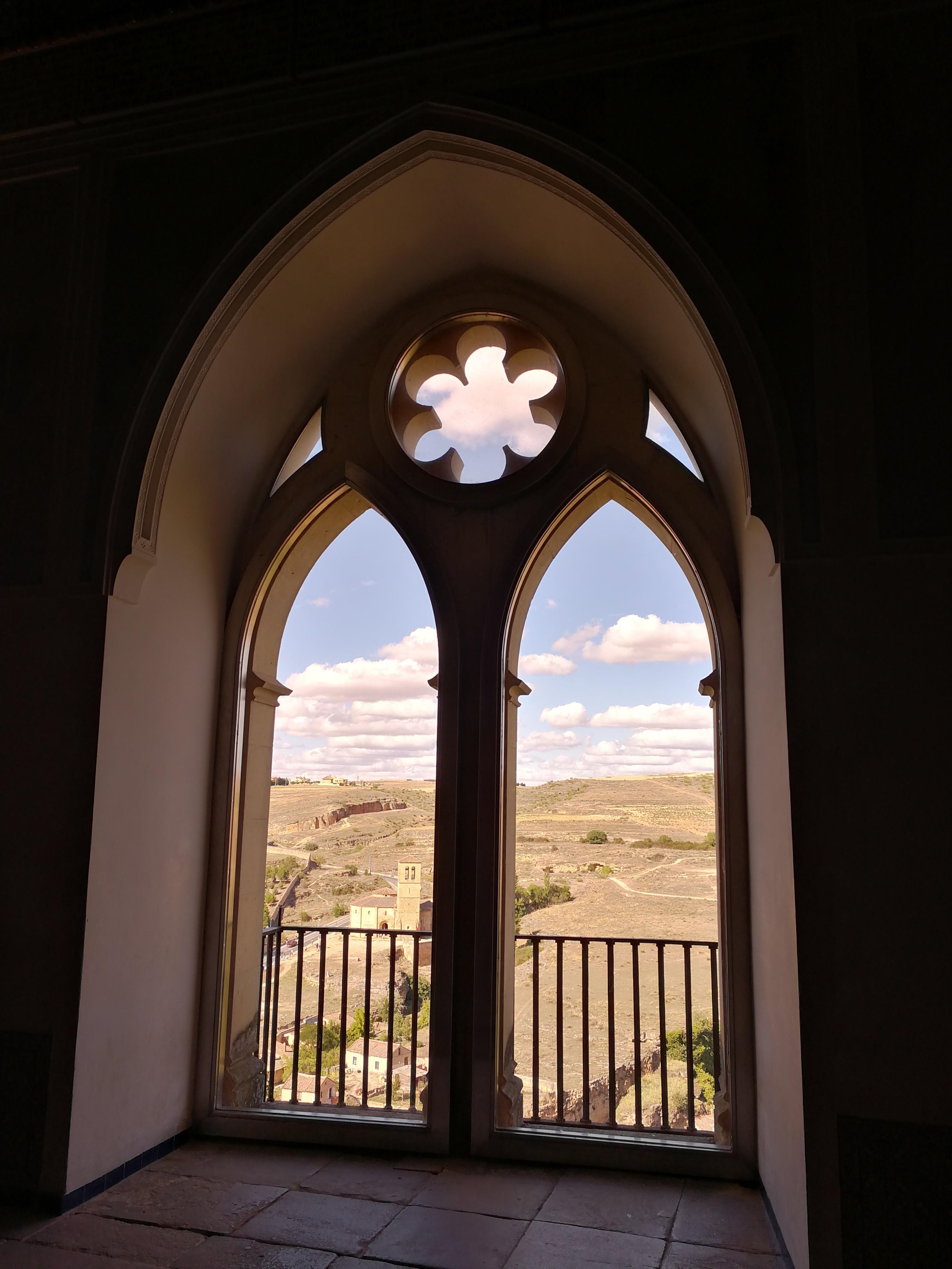 Free-Tour-Catedral-y-Alcazar-de-Segovia-4