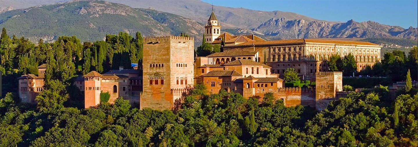 Alhambra, Nasrid Palaces and Generalife Tour