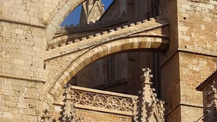 visita-guiada-por-la-catedral-de-mallorca-con-entradas-3