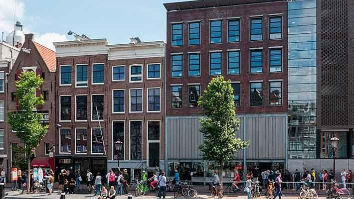 the-anne-frank-story-and-jewish-quarter-tour-4
