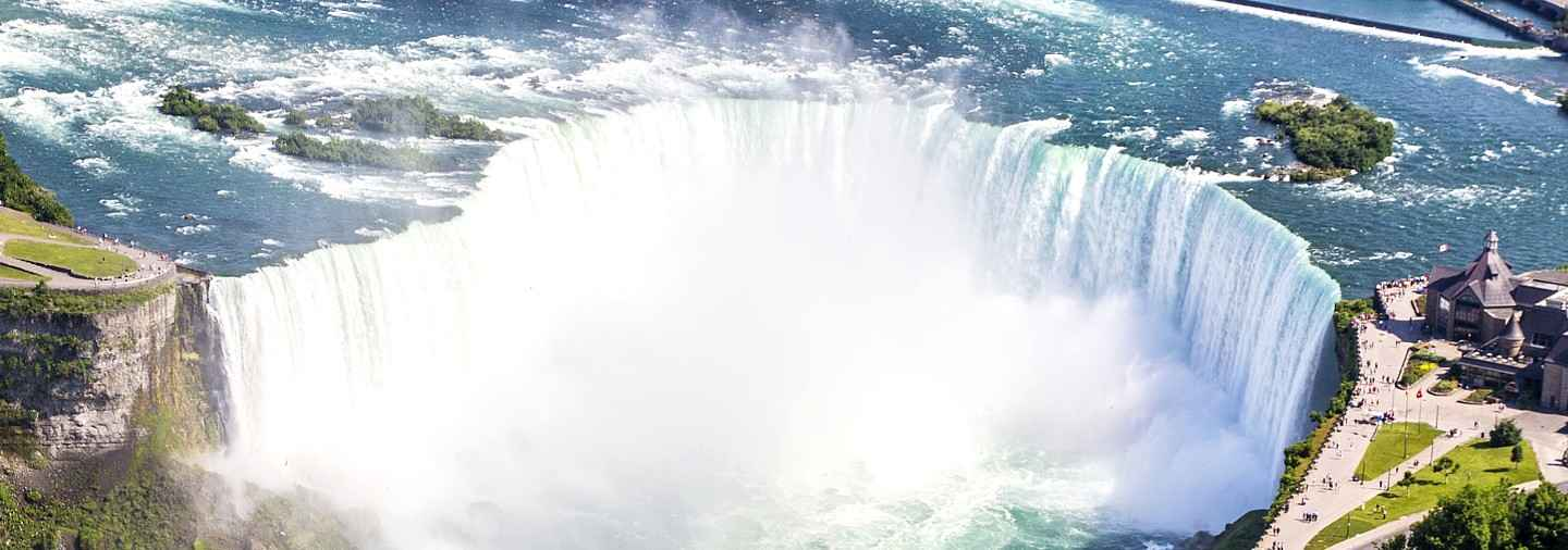niagara-falls-day-trip-from-new-york