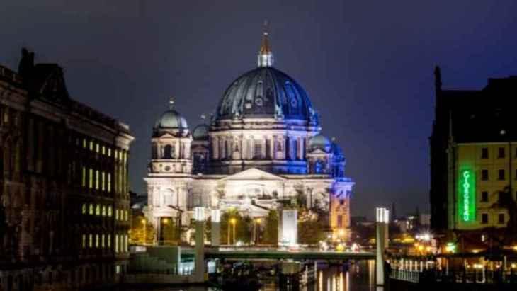 berlin-by-night-tour-5