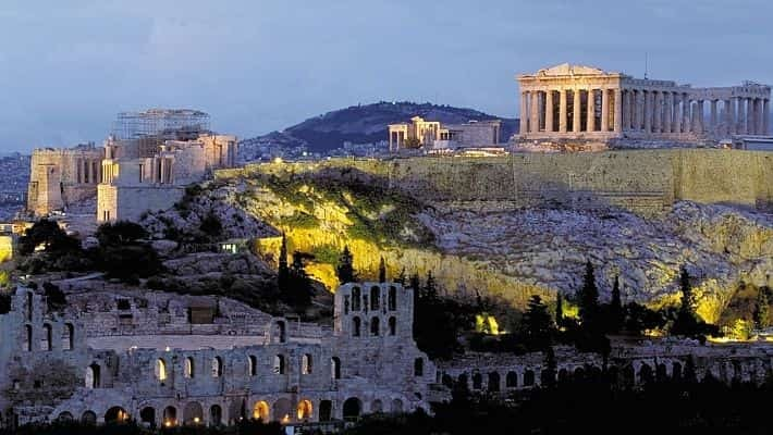 athens-free-walking-tour-2