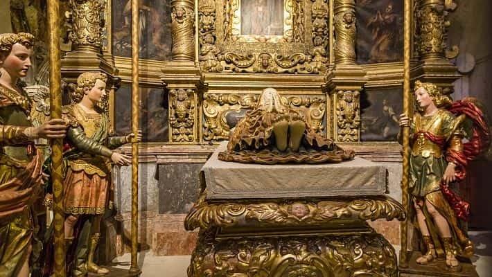 visita-guiada-por-la-catedral-de-mallorca-con-entradas-1